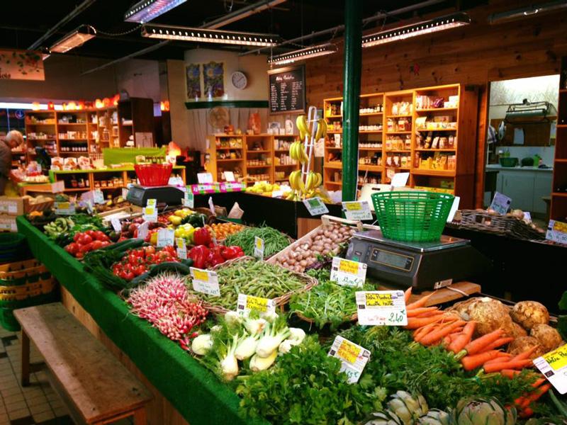 Stand de fruits et légumes de notre boutique à Moulins