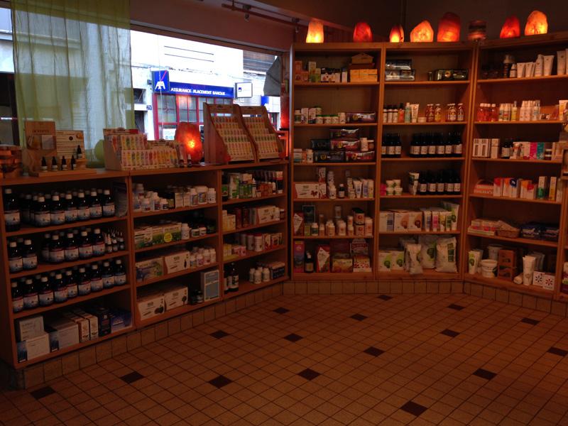 Rayons compléments alimentaires de notre boutique à Moulins